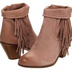 Fab in Fringe: Selena Gomez Keeps a Low Profile with Fringe Boots in Sunny Cali!