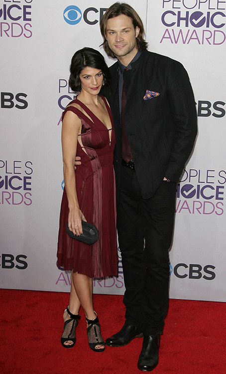 Genevieve and Jared Padalecki at the 39th Annual People's Choice Awards
