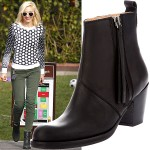 "Gwen Stefani Displays the Acne ""Pistol Short"" Boots' Modern Classic Look"