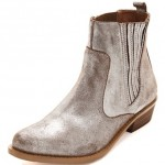 Get a Hold of These Metallic Beauties for a Chic Fall Season!